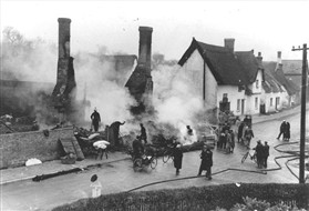 Photo:The fire at the Town House, 1936